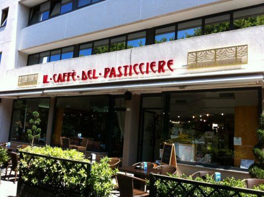 Insegna Luminosa Caffè pasticceria publi in fano