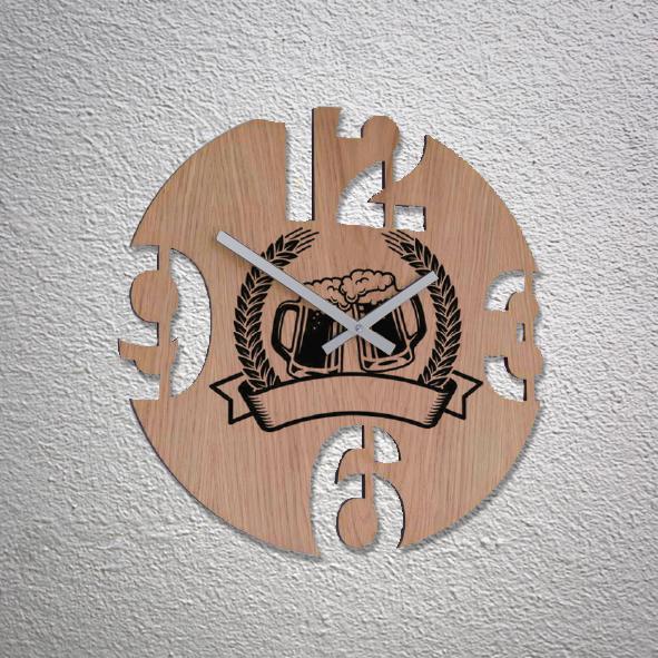 orologio personalizzato in legno sagomato